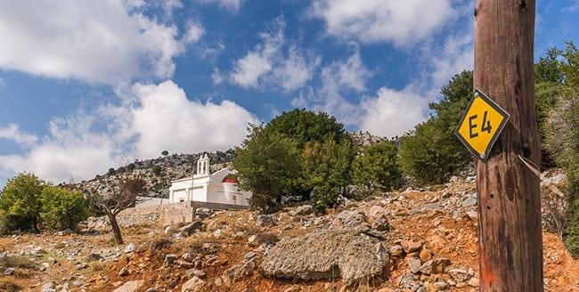 the E4 european path crosses Crete island