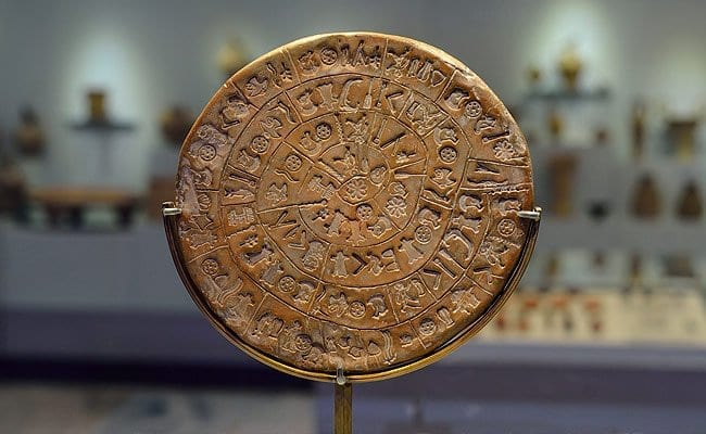 The Phestos disk in Phestos