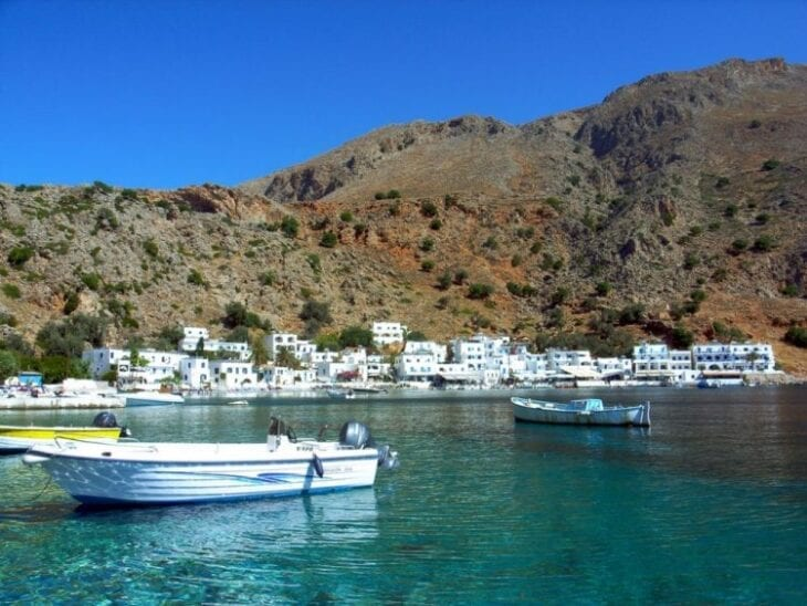 https://www.rental-center-crete.com/blog/wp-content/uploads/2017/09/Loutro-Boat-trip-e1509529120721.jpg
