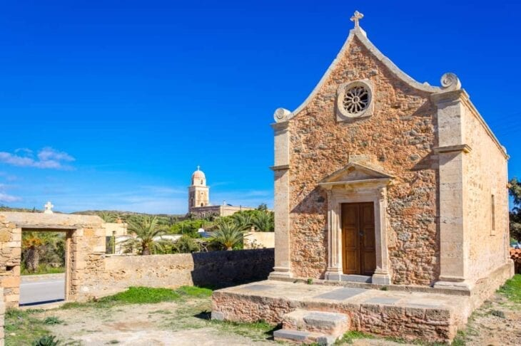 Église dans le monastère de Toplou