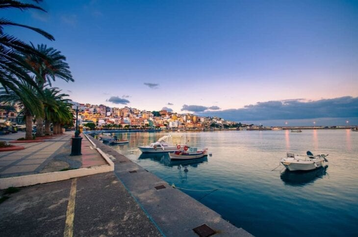 Port pittoresque de Sitia en Crète