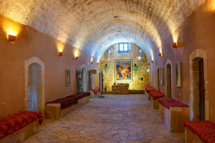Interno della Basilica di Arkadi