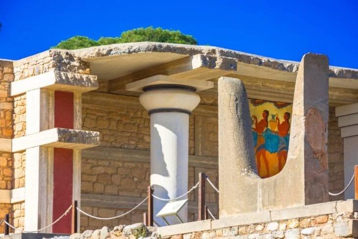 Fresques dans le hall du palais de Knossos