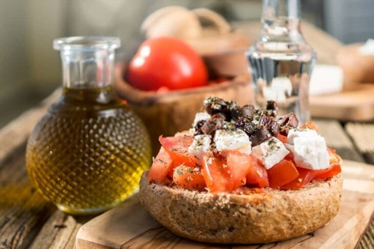 Cretan Diet food with oil