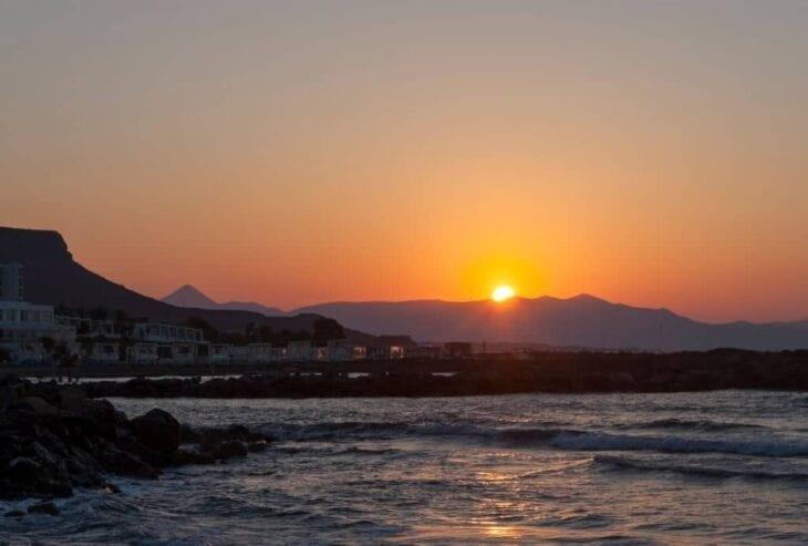 Zachód słońca w Kokkini Hani