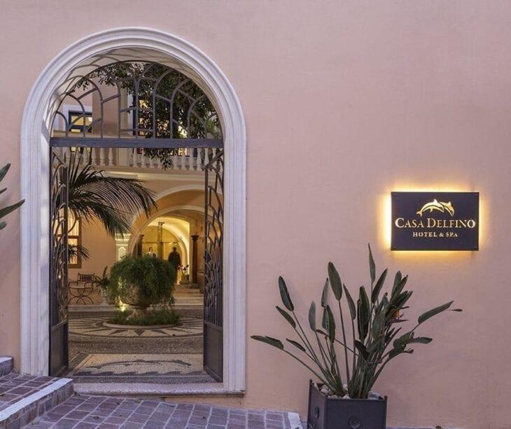 Casa Delfino Hotel Entrance