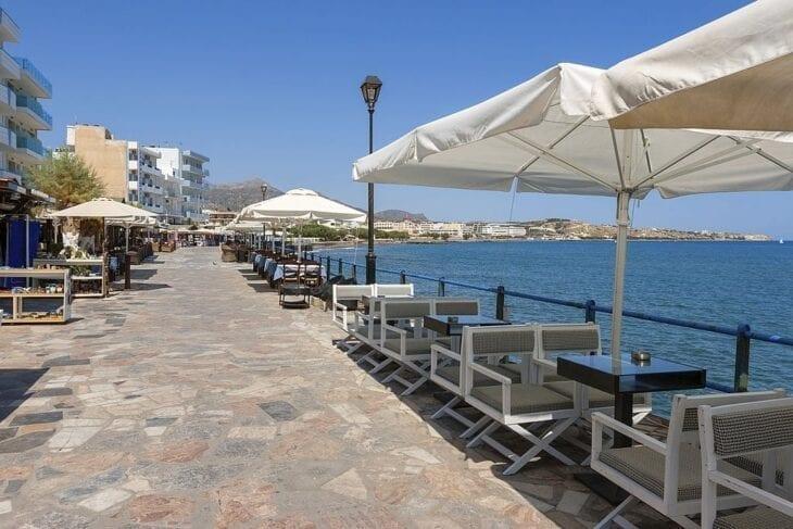 Ierapetra beach road