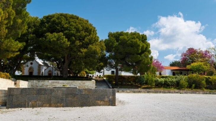 Eleftherios Venizelos Tomb