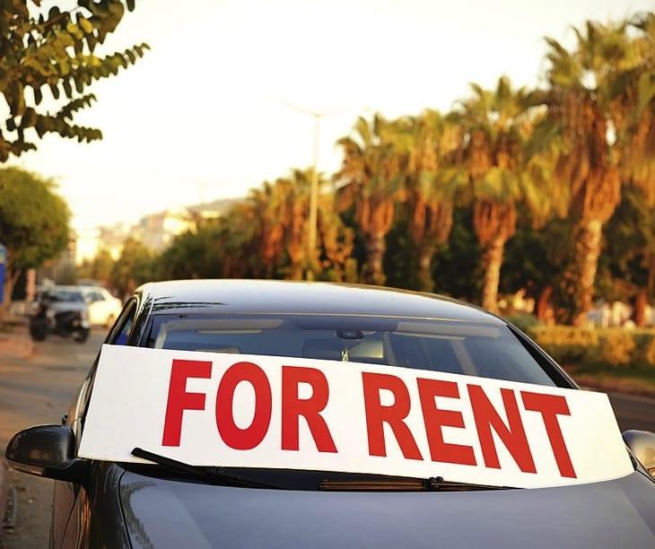 Noleggio auto in Grecia Firma in Auto