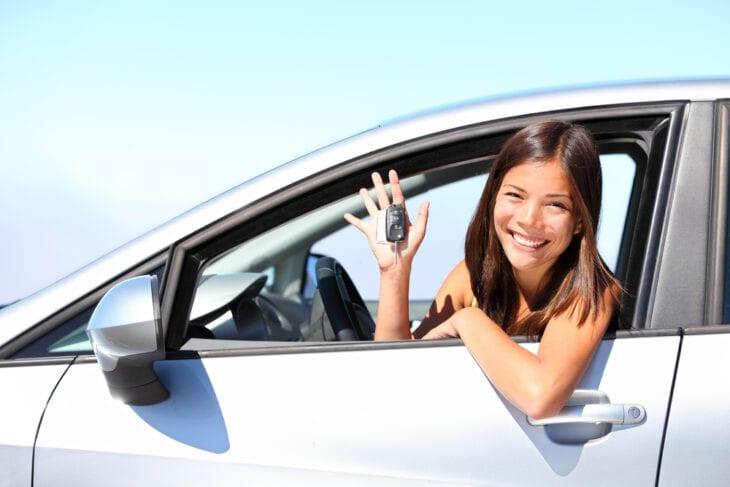 https://www.rental-center-crete.com/blog/wp-content/uploads/2021/05/car-rental-greece.jpg