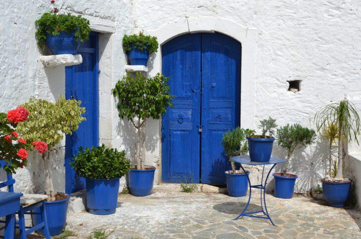 Typical Greek courtyard in PIskopiano