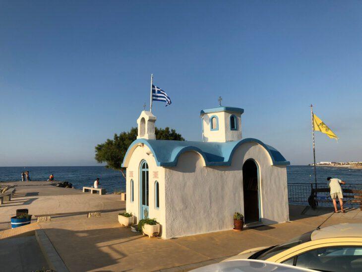 small chapel Analipsi Crete