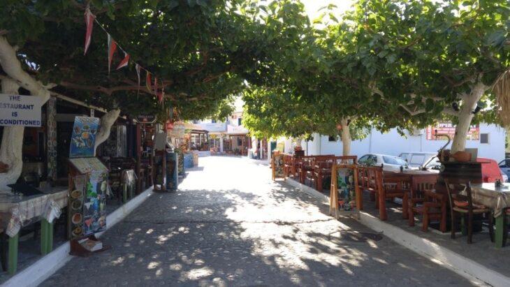 Restaurants and Cafenio in Agia Roumeli