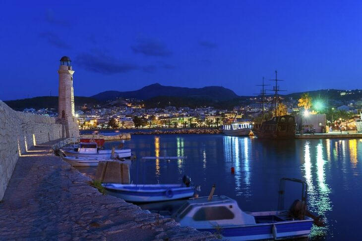 Lighthouse in Rethymno at night