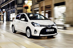 hire a Toyota Yaris Diesel in crete